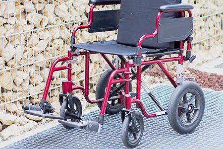 Gitterrost Rollstuhl